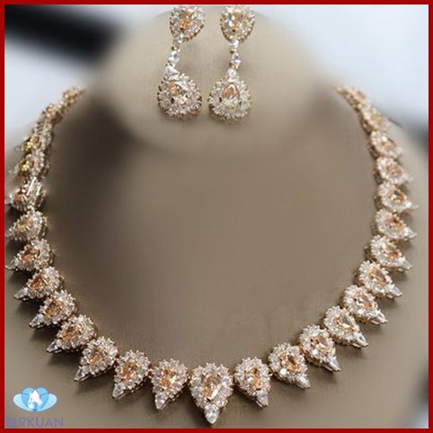 necklace and earrings set fashion accessory