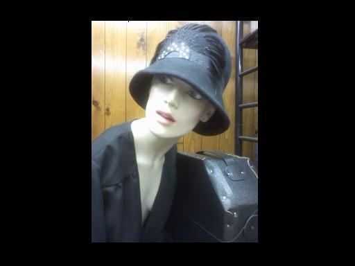 1920's Cloche Hat Style