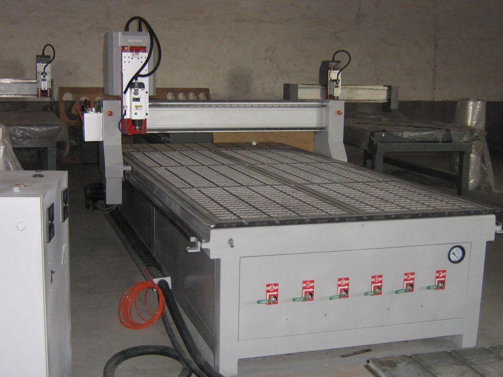 High Precision Metal Cutting Machine Cnc Router Metal Cutting Machine