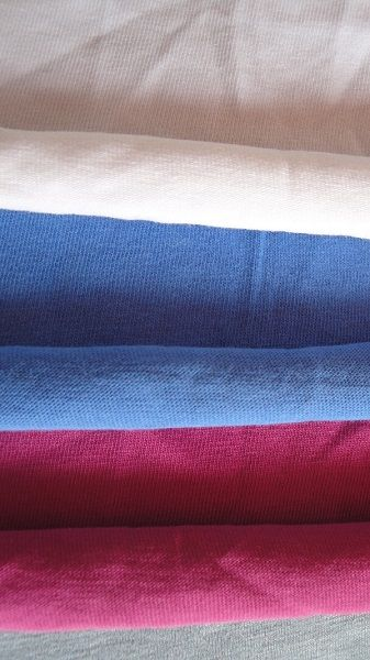 100% Cotton Single Jersey Knitted Fabric in all cutable size colors and GSMs
