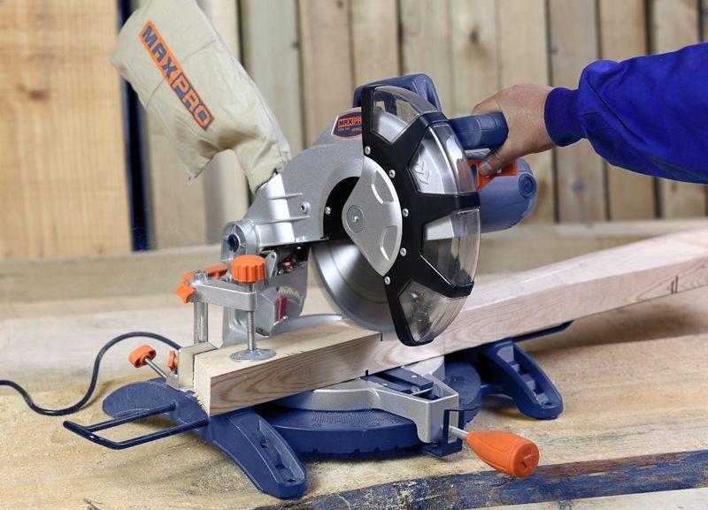 MAXPRO 255mm 1800W Mitre Saw