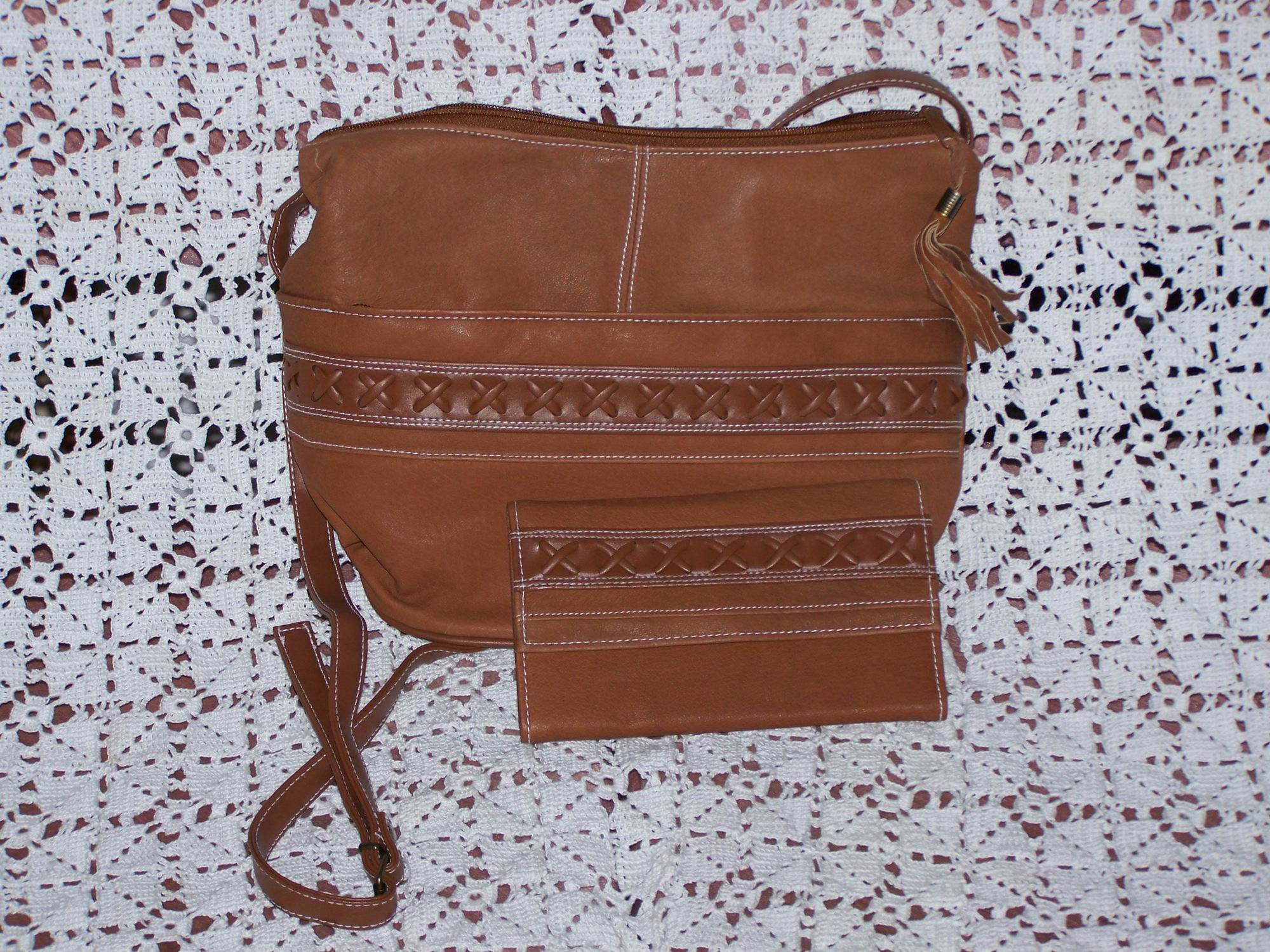 Brown Western Style Leather Handbag With Matching Wallet