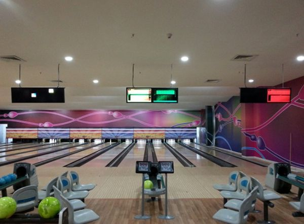 Refurbished Brunswick bowling equipment GS98