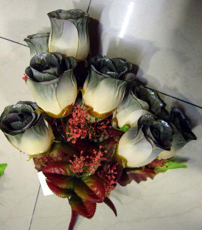 Sell artificial flowers