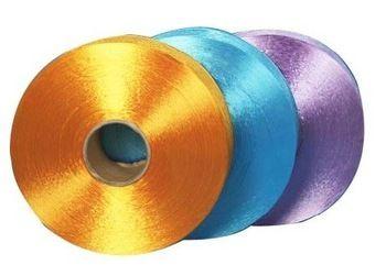 Polyester yarn (100%)