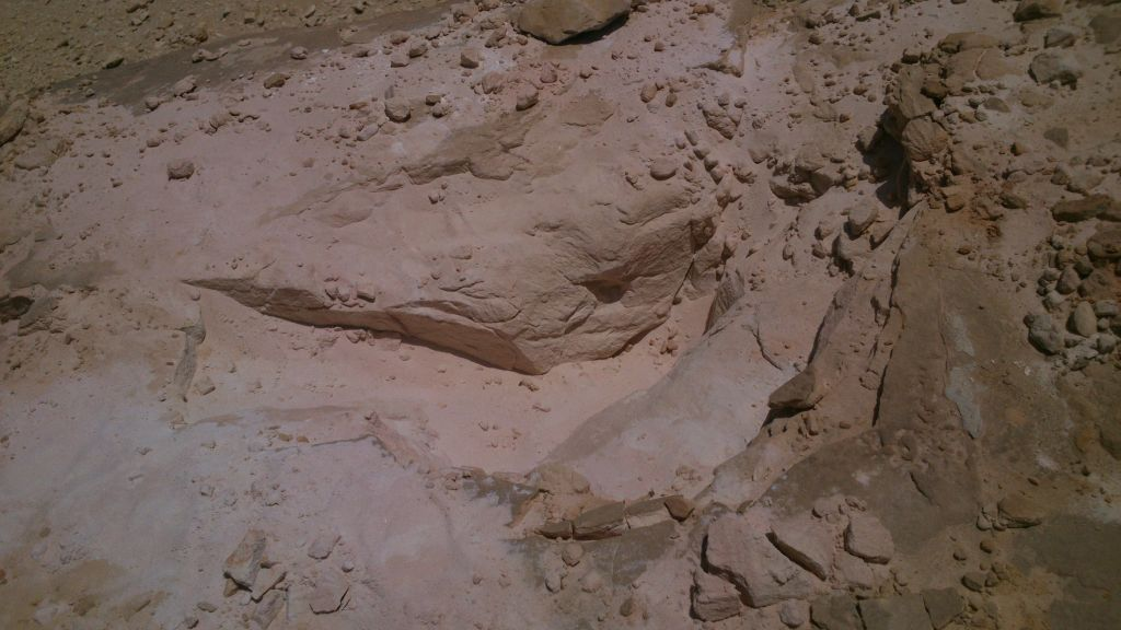 silica sand 99.35%