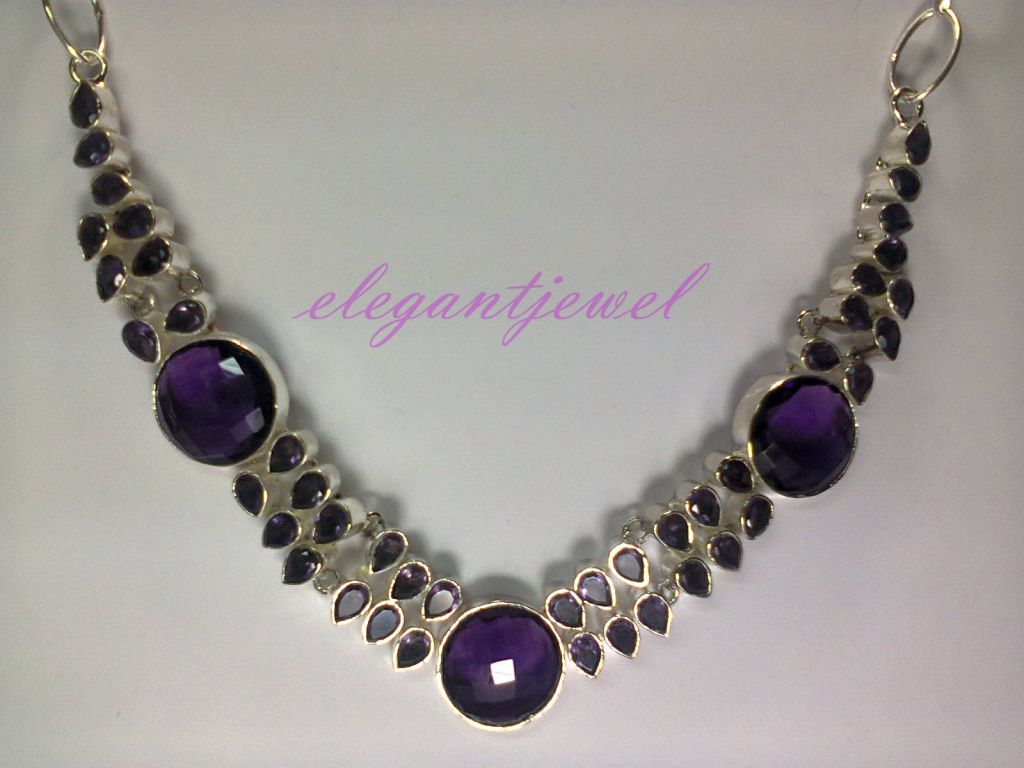 .925 Sterling Silver Rare Beautiful Amethyst Gorgeous Necklace