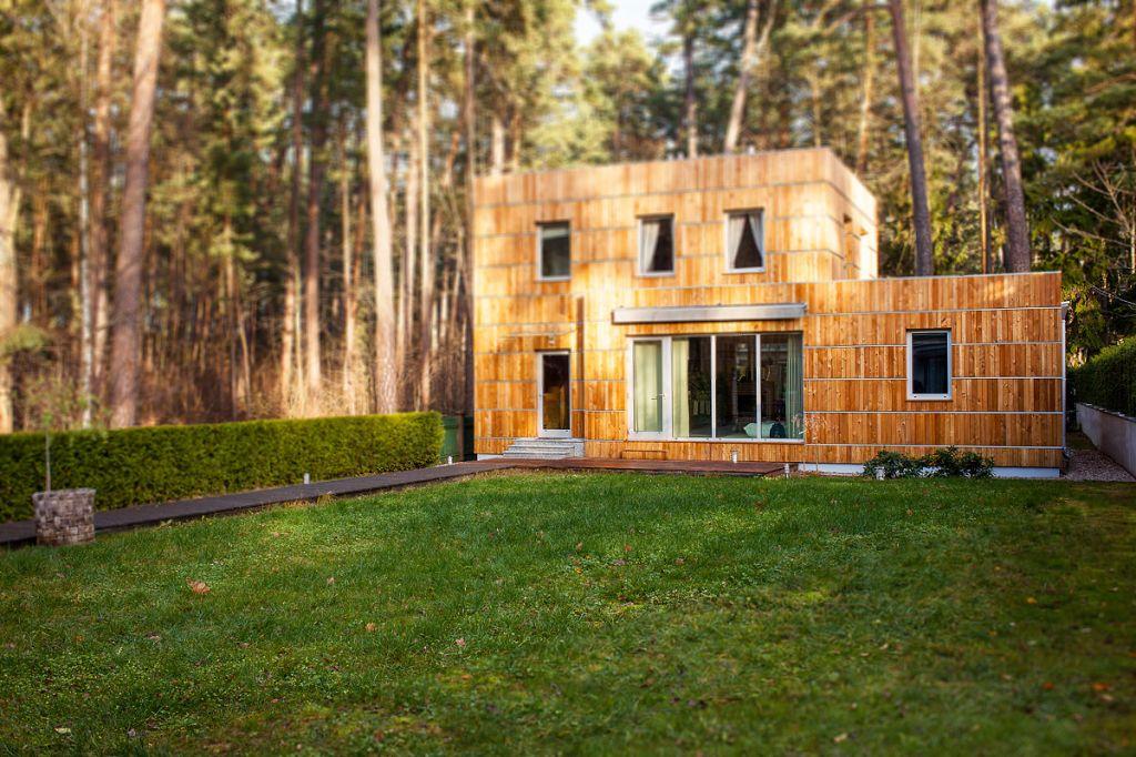 wooden facades, facade restoration and repair