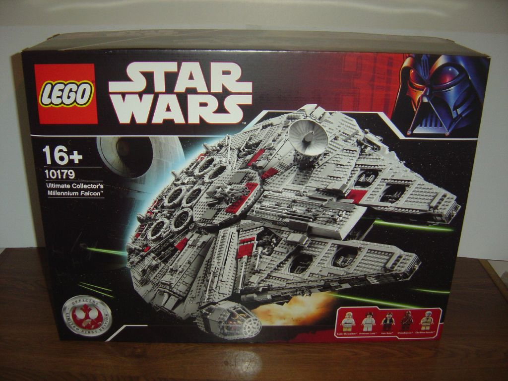 Lego Ultimate Collector's Millennium Falcon - Star Wars Set 10179 Misb