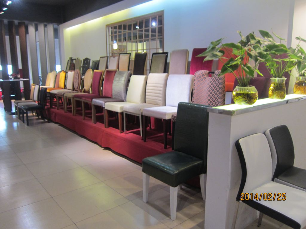 Metal Banquet Chairs and Hotel Chairs