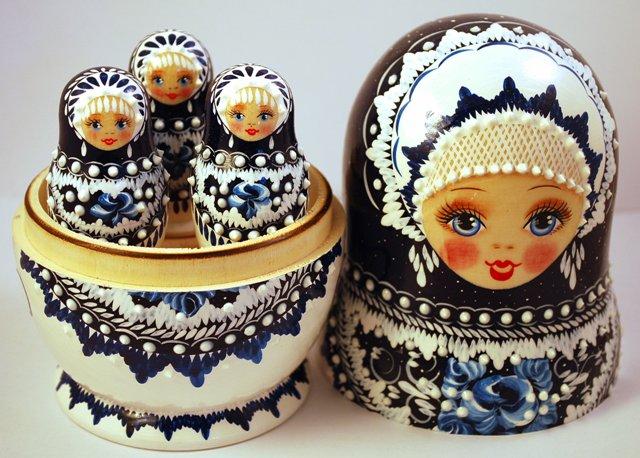 Beautiful set of 13 Russian Wooden Nesting Dolls (Matryoshkas)