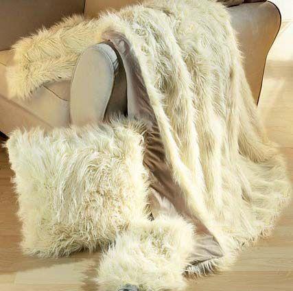 Faux Fur/PV plush Blanket/cushion