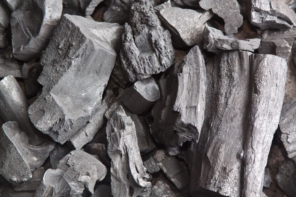 Ashless charcoal for BBQ