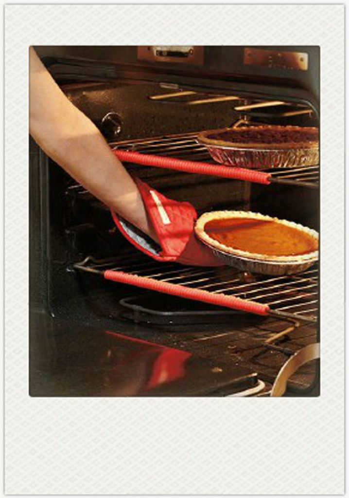 Silicone Oven Rack Edge Clip Guard Heat Resistant Red Set Of 2 Helps Avoid Burns