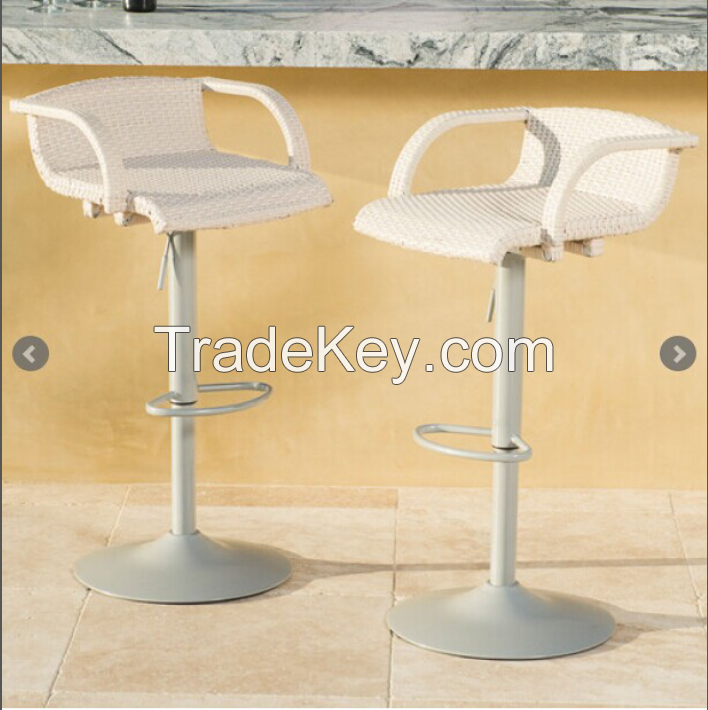 Woven Barstool with armrests in white and brown color