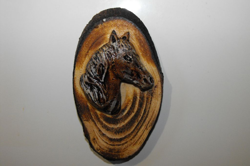 Ceramic fridge magnet