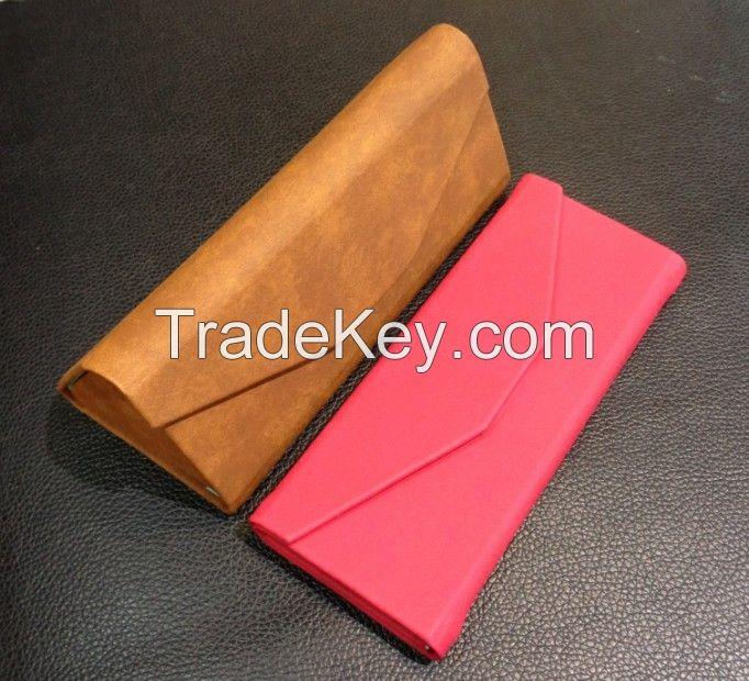 Folding Eyewear Case GC018D
