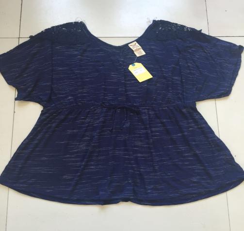 Women's short sleeve T shirt