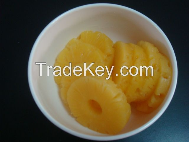 canned pineapple slice with good quality