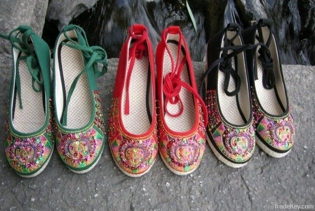 China folk style Handmade embroidered shoes, flat cloth shoes
