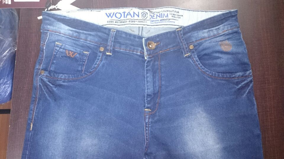 Trendy and exclusive gents jeans for sale