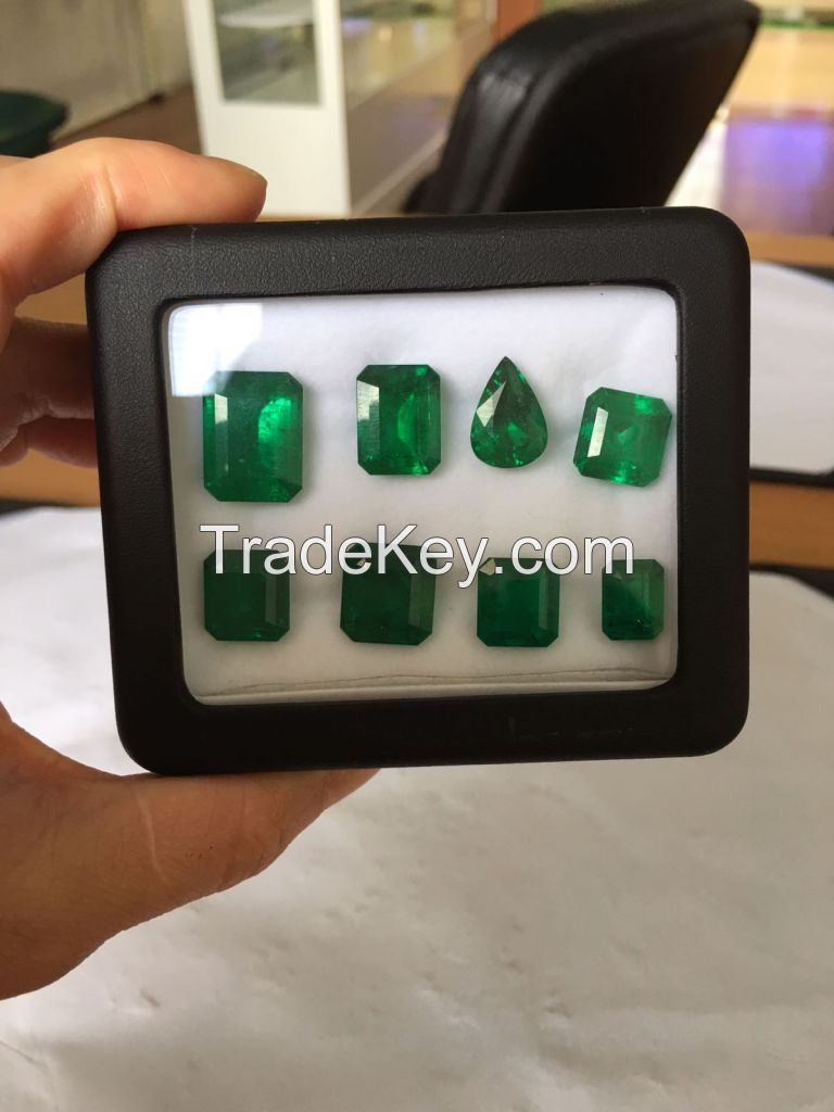 White Gold Diamonds and Colombian Emeralds