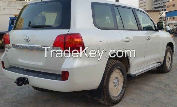 Toyota Land Crusier 4.5L,GX,8