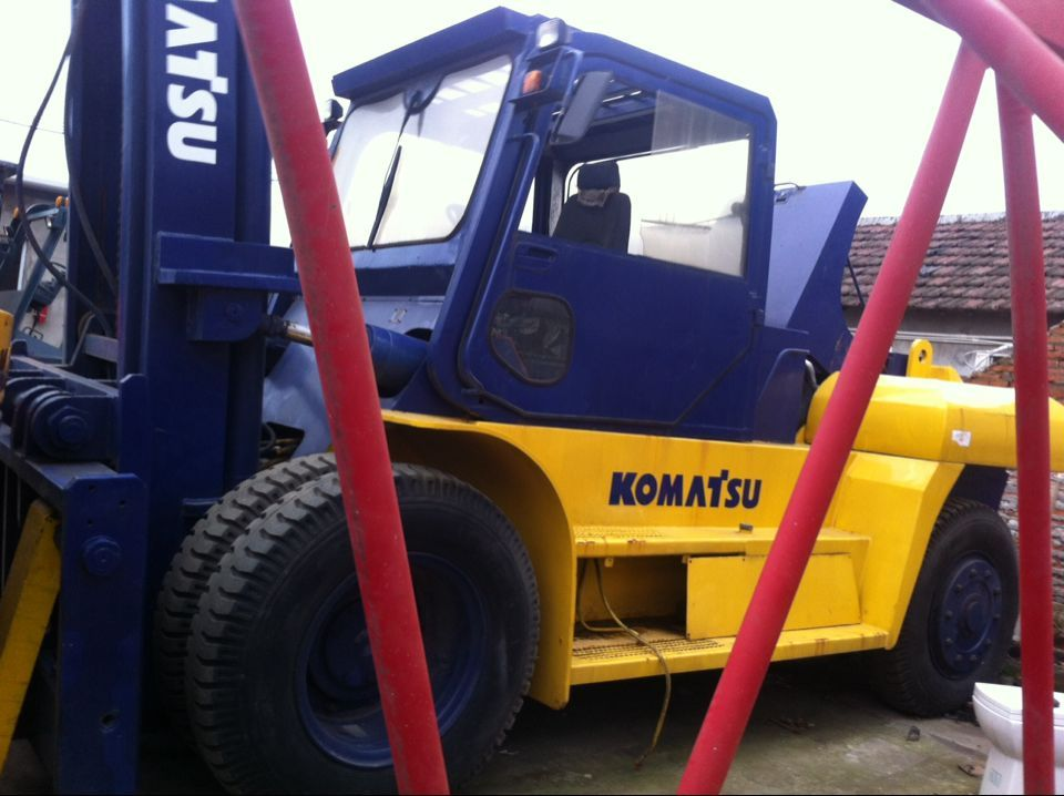 used komatsu diesel forklift truck 20t