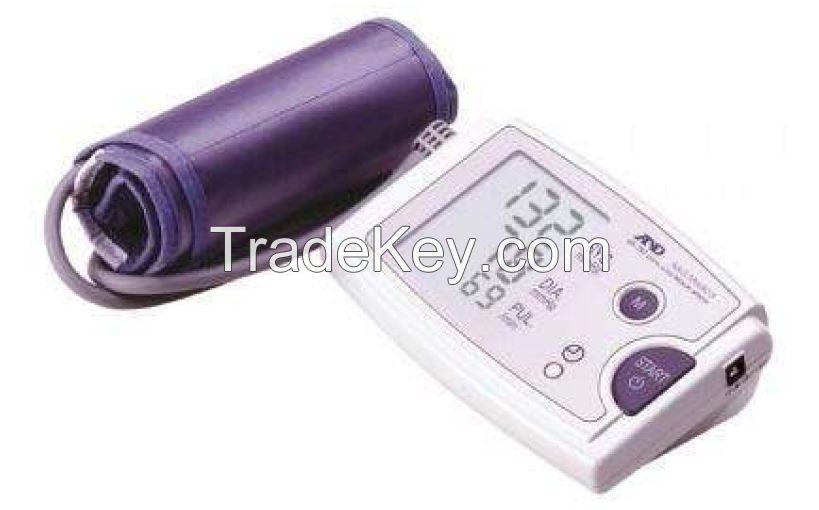 Digital blood pressure monitor (F79126)
