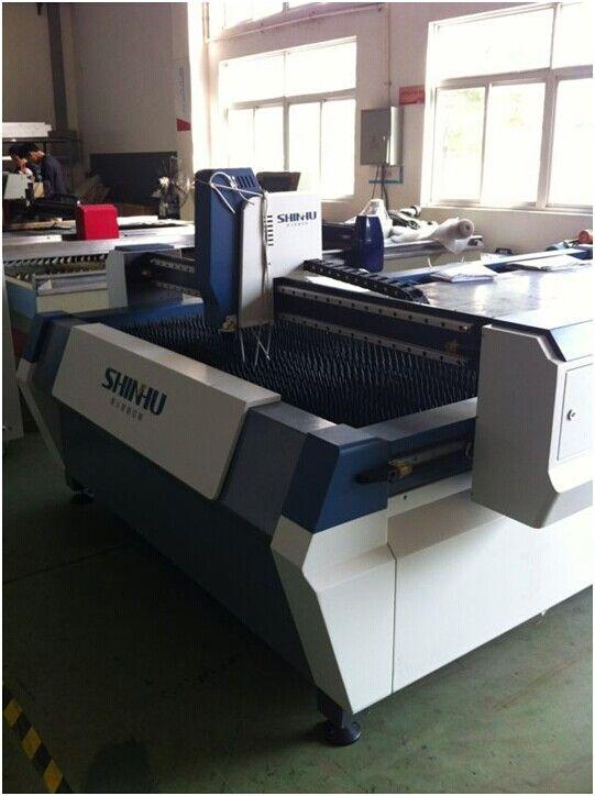 High-precision fast CNC  laser  cutting machine