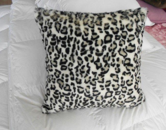 Faux Fur Cushion//Pillow /Leopard /Animal Skin /Decoration Cushion