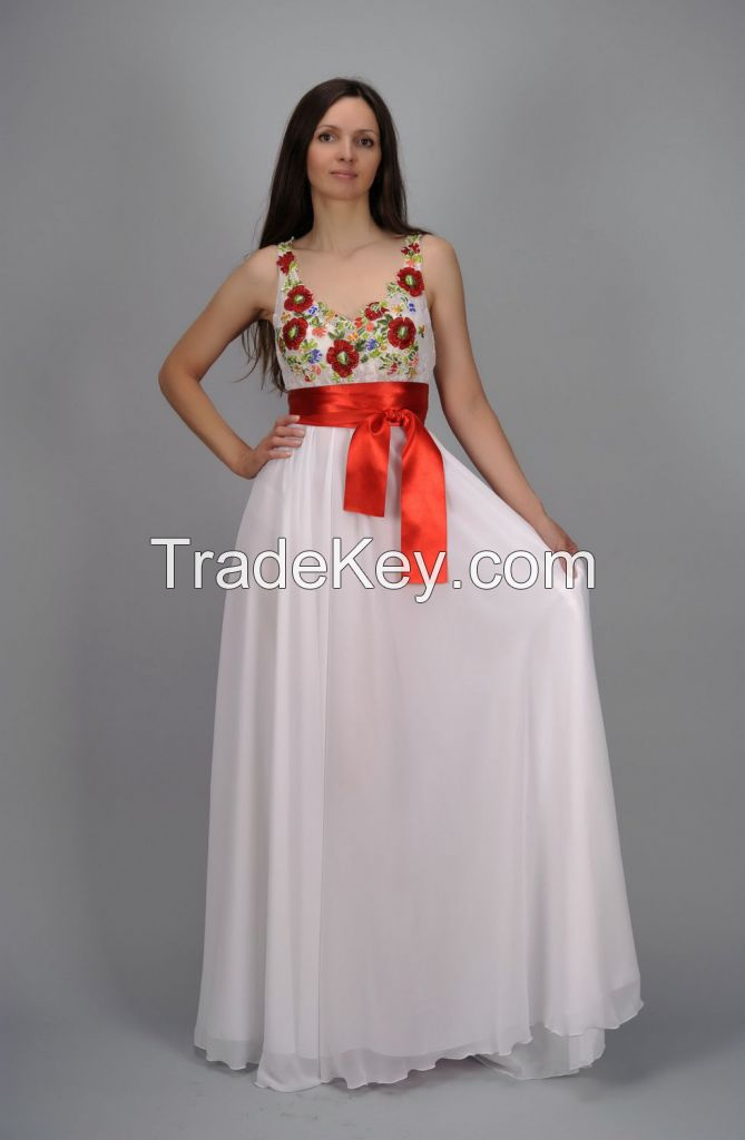 Evening dress with beaded embroidery