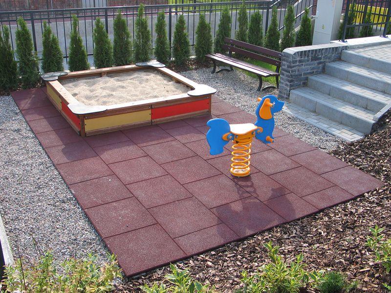 Rubber flooring, pavimento amortecedor