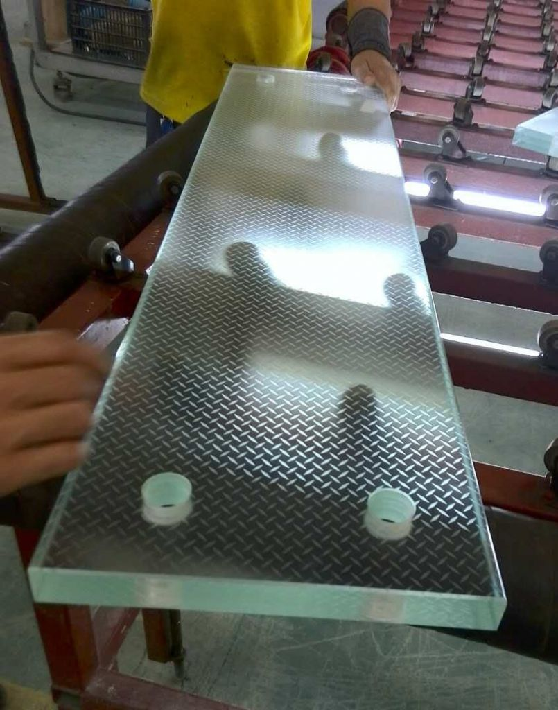 Kuraray authorized Sentryglas Ionoplast interlayers laminated tempered glass