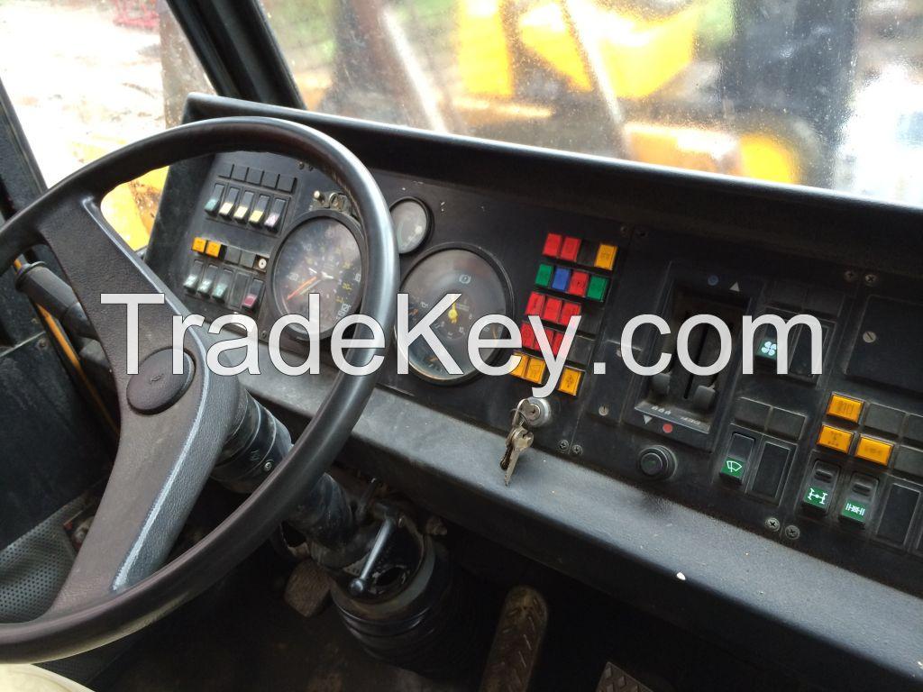 DEMAC AC435 all terrain crane 150 tones
