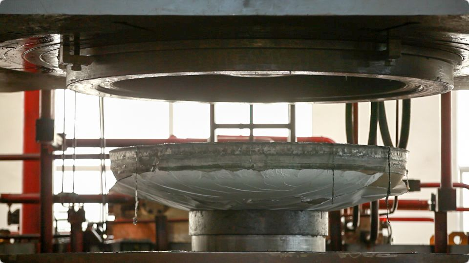 Dish head for chemical equipments pressure vessels