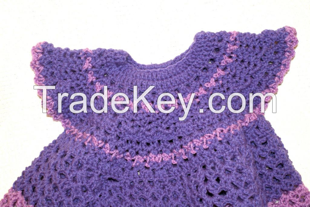CROCHET LACE HOUSE TEXTILES AND GARMENTS