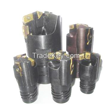 Deep hole drilling head