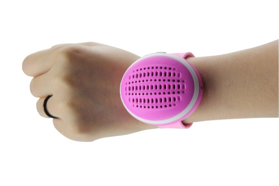 Hot sale colorful Bluetooth Watch Speaker for children