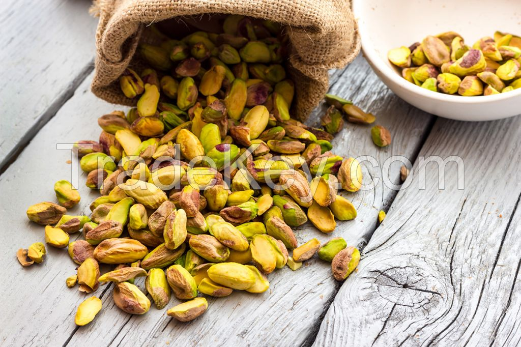 RAW PISTACHIO NUTS AVAILABLE