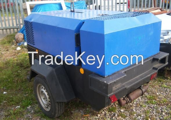 INGERSOLL RAND  7/41 ROAD TOW COMPRESSOR
