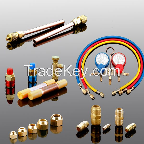 Air conditioner refrigeration charging valve, refrigeration parts charging valve