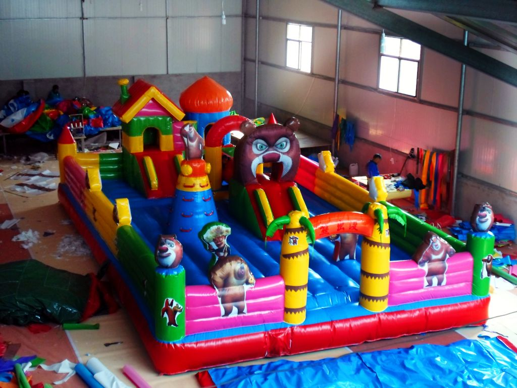 high quality PVC material inflatable castle bouncer