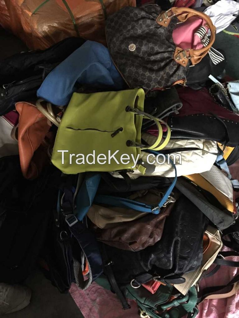 Most Competitive Used Shoes / Used bags/ Used Clothing/Quits/Toys