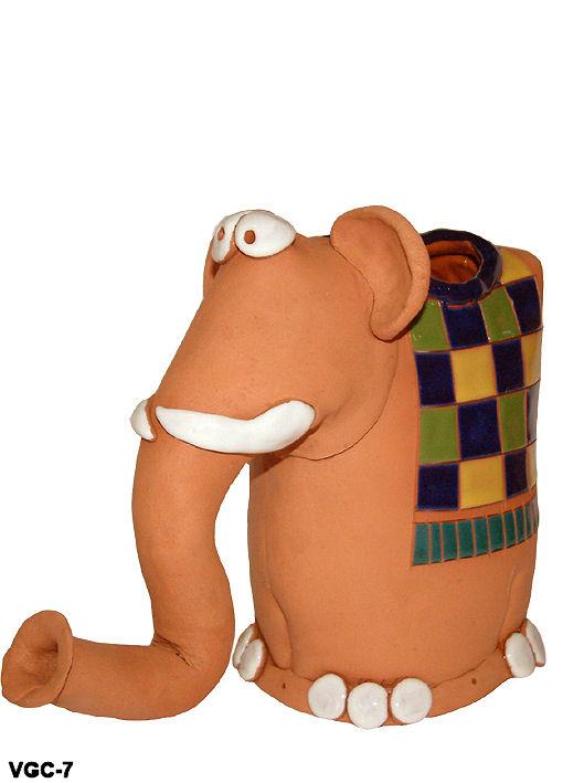 ceramics vases designed as animal figure