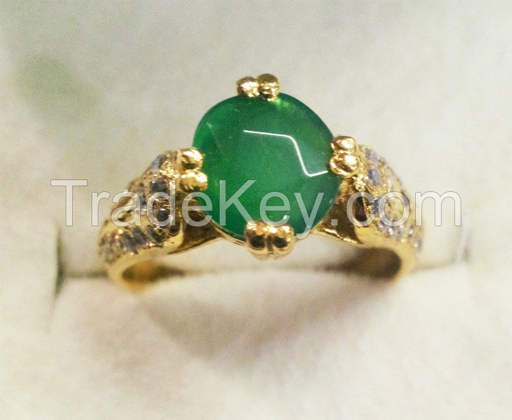 Round Emerald Crystal Stone Silver 925 Ring