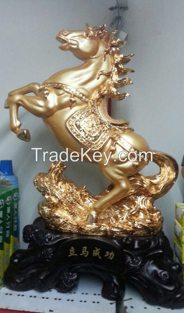Erainlife beautiful ERRE002 Ployresin Golden Horse home decoration