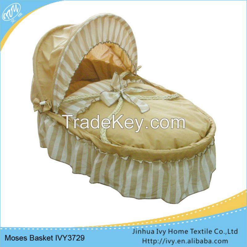 Handmade corn husk baby basket set tier basket stand