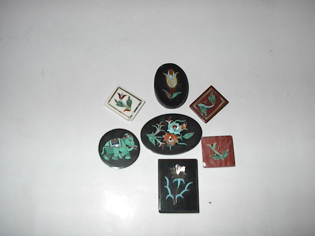Inlay buttons