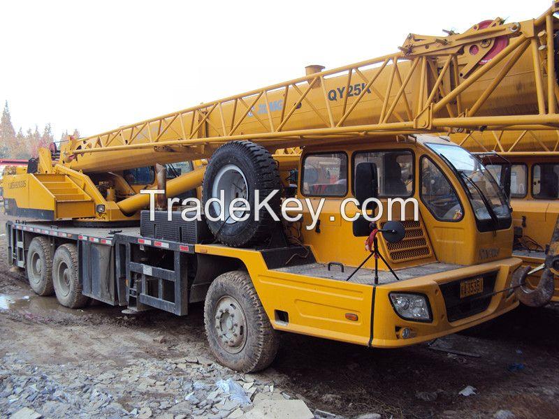 used XCMG truck crane 20ton QY20B